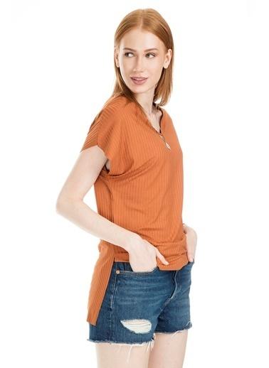 Lela Tişört Renkli